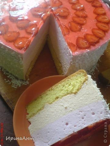 Этот торт я пеку уже пятнадцать лет и с гордостью могу сказать, что это уже мое фирменное блюдо. Надеюсь и Вам понравится фото 27