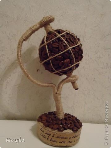 глобус - эту шикарную идею  нашла здесь в стране. вместе с мастерклассом.  СПАСИБО Мери http://stranamasterov.ru/user/91654 !!!!   топиарчиков  У нас  в СМ  полно полно. вдохновилась от  чудесных работ  девочек!.  фото 4