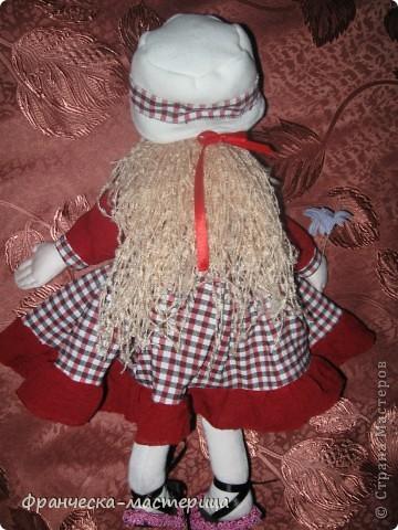 Предлагаю Вашему вниманию ещё одну куклу-большеножку! Рост куколки - 32 см. По-моему, получилась приветливая симпатичная девушка! фото 2