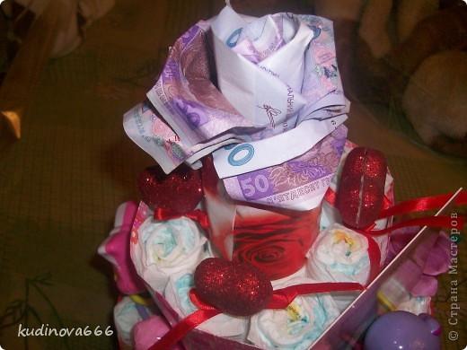 Тортик из памперсов на рождение племянницы.  С него то все и началось.... фото 2