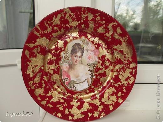 Обратный декупаж тарелок фото 4