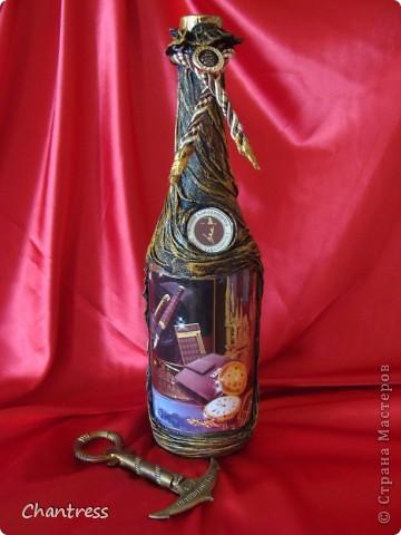 """Вот такой подарок решили преподнести  одноклассники имениннику))) Это денежное дерево, машинка с ракетной установкой(в память о службе в ПВО) и бутылочка с грузинским """"горючим""""))) фото 5"""