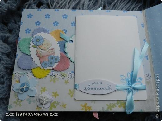 """Ура!!!!!Я сделала свой первый альбом!!!!!С нуля!!!!!""""Гордюсь"""" собой неимоверно)))))Ой,здравствуйте всем!!Ну вот,переплёт вот по этому МК     http://vinograd08.blogspot.com/2010/06/blog-post_27.html      Огромное спасибо автору!!!!Картон,акварельная и фотобумага,дырокольчики,ленточки, пуговки и клей..)И принтер!14 страничек,на 42 фото...Смотрим))) фото 17"""