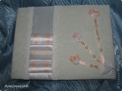 Это моя первая коробочка и подушечка для колец. Делала по МК Олеси Ф http://stranamasterov.ru/node/193514?tid=451%2C1136 Спасибо за идейку!!!  фото 12