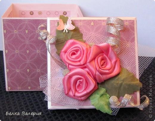 Здравствуйте! Сегодня хочу показать Вам коробочку для упаковки подарка! Размер 10х10х10 фото 6