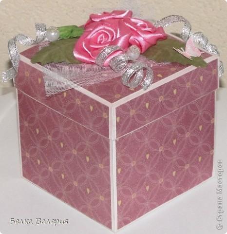 Здравствуйте! Сегодня хочу показать Вам коробочку для упаковки подарка! Размер 10х10х10 фото 1