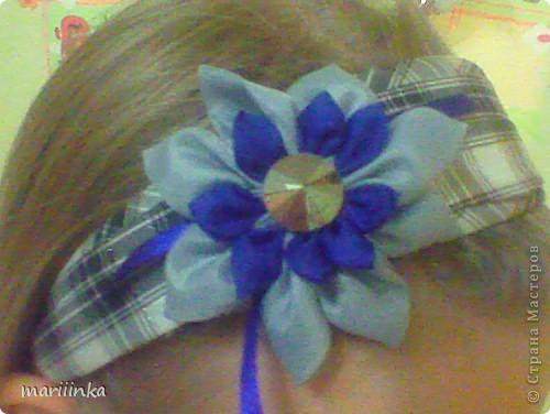 Такие цветочки дочка делает себе,сестрёнке и подружкам. фото 1