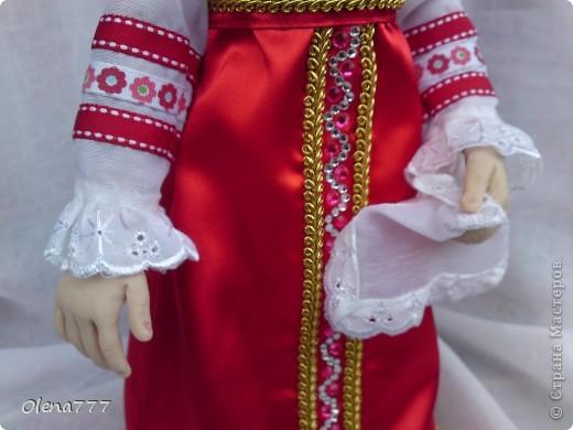 Доброго дня и ночи Страна Мастеров! Хочу показать вам свою вторую куклу из пластика. Рост 34см. Голова и руки из Living Doll. Тело и ноги - проволочный каркас, синтепон, капрон. Что у меня получилось-судить вам, уважаемые Мастера и Мастерицы. Я только учусь. фото 5