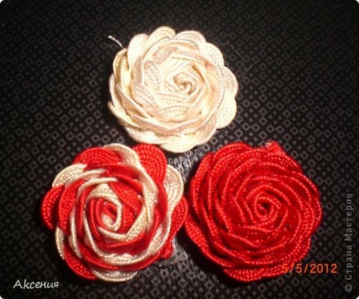 розы из тесьмы. фото 1