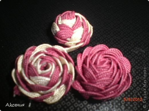розы из тесьмы. фото 2