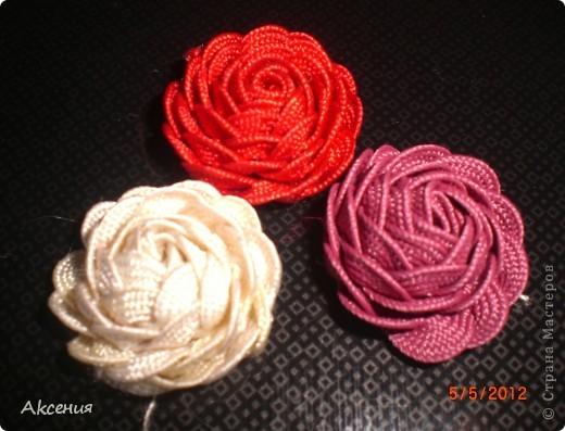 розы из тесьмы. фото 3