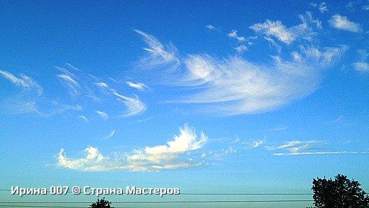 Не могла удержаться, чтобы не сфоткать. Меня облака и голубизна неба умилили. Позитивная, умиротворяющая картина... Надеюсь, приятного просмотра! фото 1