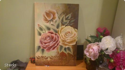 Ну и под конец Остапа понесло) Розы на холсте... фото 2