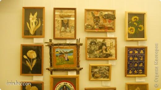 """В нашем городе была выставка """"Зеркало природы"""" на конкурс было выставлено более 700 работ ребят из разных городов нашей Республики. отобрано было 500 работ. кое-какие работы я покажу,конечно все фотографии,которые я сделала сюда не смогу выложить(их более 100 шт.) открытие. фото 36"""