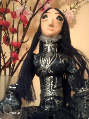 Делала под заказ. Темная богиня Лилит. Красивой ее не назовешь, но есть что-то притягательное. фото 3