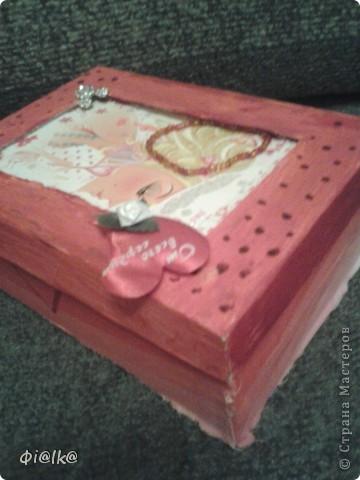 Вот такая коробочка для фломастеров у меня получилась, это её вид сверху.Прошу прощение за плохое качество, фотографировалось на телефон. фото 2