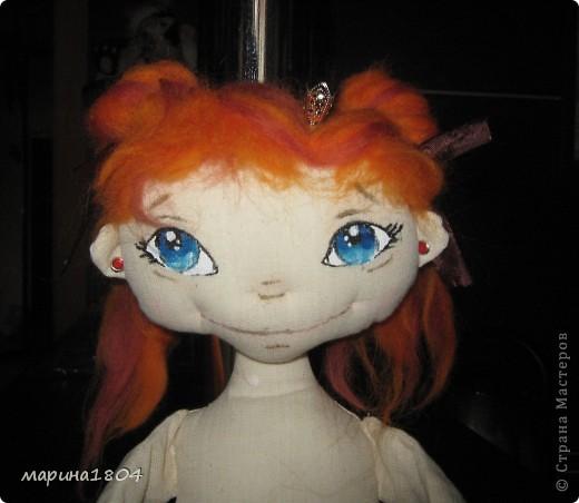 """Вот и я заболела куклами... Хочу поделиться своим восторгом от мастер-класса Виктории http://stranamasterov.ru/node/307319. Наткнулась случайно, была ошарашена эмоциями, которые возникли от работ Виктории, подумала, что это очень круто и не смогу я....Но потом решила """"была-не была"""", и ВОТ! Мою принцессу зовут Мирцелла. Делала я ее специально для своей дочки Жени. фото 3"""