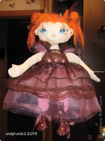 """Вот и я заболела куклами... Хочу поделиться своим восторгом от мастер-класса Виктории http://stranamasterov.ru/node/307319. Наткнулась случайно, была ошарашена эмоциями, которые возникли от работ Виктории, подумала, что это очень круто и не смогу я....Но потом решила """"была-не была"""", и ВОТ! Мою принцессу зовут Мирцелла. Делала я ее специально для своей дочки Жени. фото 1"""