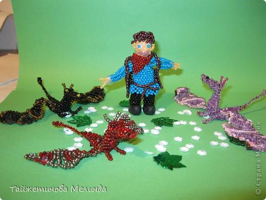 Моя превая работа на конкурс http://stranamasterov.ru/node/372481#comment-4355898 организованный  Машей (Бригантиной) замечательной мастерицей. Узнав о конкурсе долго не думала, сделала Мерлина из сериала BBC. Мерлин последний покровитель драконов, вот и сейчас драконы рядом! фото 8