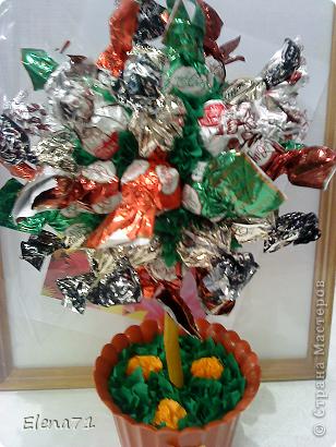 Кофейное деревце с конфетками в горшочке. фото 4