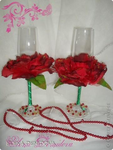 Захотела девочка отметить вторую годовщину свадьбы с бокалами в виде алых роз. Ну что же, раз хочется, значит надо сделать.... фото 1