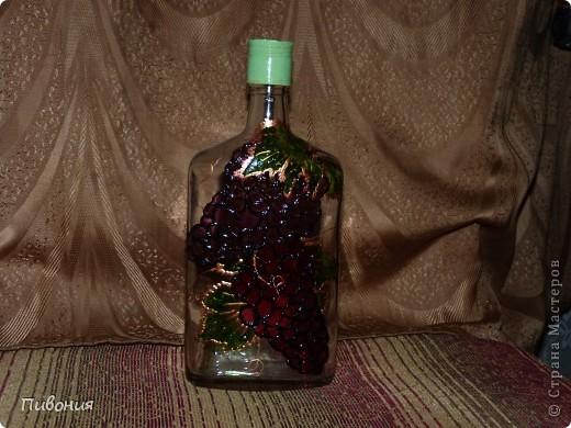 Эта бутылка выполнена в технике декупаж и раскрашена акриловыми красками фото 4