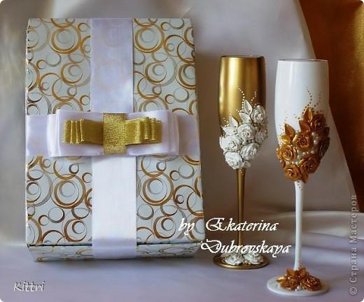 Идею оформления этих бокалов мои заказчики увидели у Anastasia_j . Надеюсь, у меня получился свой вариант. В этом сезоне моден лавандовый)))) фото 4