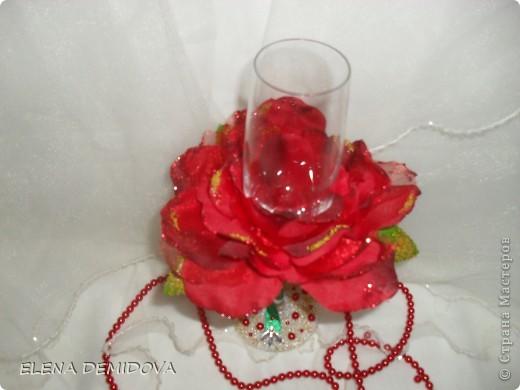 Захотела девочка отметить вторую годовщину свадьбы с бокалами в виде алых роз. Ну что же, раз хочется, значит надо сделать.... фото 2