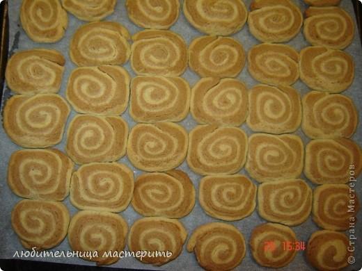сомалийское нац.блюдо.санбус пирожки с тунцом:)))))очень вкусно я потом как будет время сделаю мк по этому блюду потому что рассказать не получиться нужно пооказывать:) фото 9