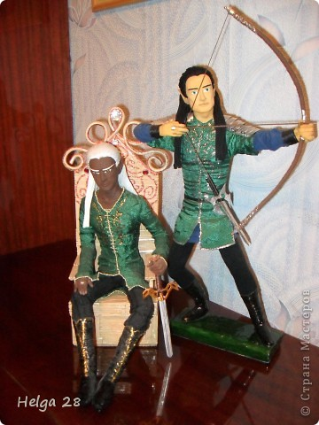 Мои куклы из скульптурного пластилина и папье-маше. Больше всего люблю делать эльфов. Делаются долго (пока все слои просохнут), но это того стоит. фото 2