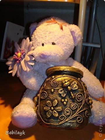 Лето, цветочки, пчелки, мед. Я очень люблю мед. И захотелось сделать себе баночку для меда. Но не простую, а золотую.  И вот что получилось. фото 1