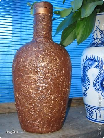 Очень понравилась охотничья бутылка Львовны и вот решила сделать что-то эдакое и для себя.Картинка от коробки чая,вокруг картинки - витражная краска. фото 3