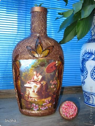 Очень понравилась охотничья бутылка Львовны и вот решила сделать что-то эдакое и для себя.Картинка от коробки чая,вокруг картинки - витражная краска. фото 6