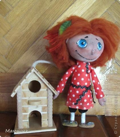 """Помните, я вам говорила, что мои козы http://stranamasterov.ru/node/354526  участвовали в конкурсе и были отмечены жюри, и я получила приглашение стать дизайнером на следующий конкурс. Нужно было сшить игрушку...Думала я не долго. Давно мои девчонки просили к козам сделать еще и мальчишечку, который есть в мультике """"козья хатка"""", но я отнекивалась...А здесь появился """"волшебный пинок"""")))... Короче, вот он - долгожданный герой Василёк фото 1"""