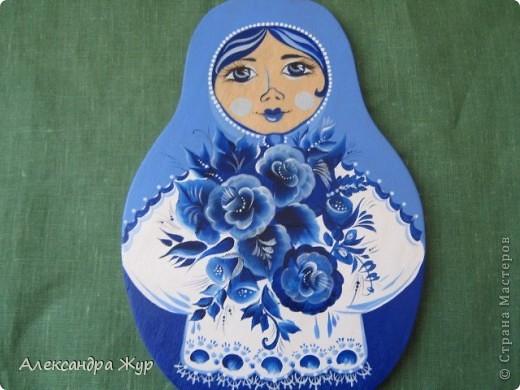 Очень хотелось синего цвета... Многие спрашивали потом - почему девочка синяя? Ну как объяснить, что я просто синий люблю?