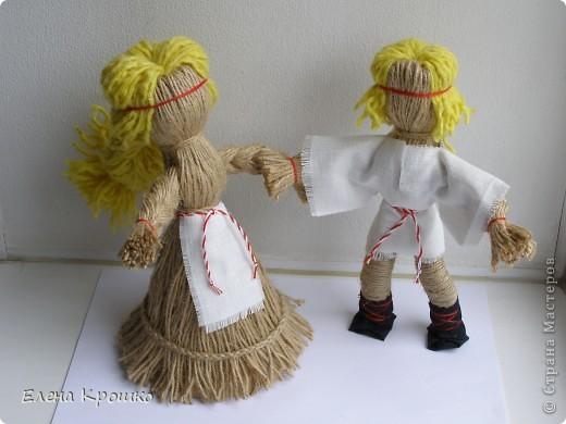 Насмотревшись на гибких кукол Зои Пинигиной и я не удержалась, родилась такая парочка. Делала на основе Куклы из верёвок. Мастер-класс Ларисы Рядновой. Почему-то не хочется  добавлять дополнительного декора, они пленяют меня своей чистотой и лаконичным образом. фото 1