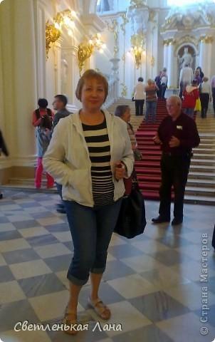 Здравствуйте, рада приветствовать у себя на страничке всех своих гостей! Хочу поделится с вами своей радостью. Я очень мечтала побывать в Санкт-Петербурге и вот в конце мая 2012 года моя мечта сбылась! Мой тур был автобусный, и вот мы выезжаем из Киева. В добрый путь! фото 25