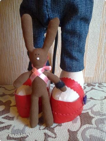 Вот такая миленькая девочка Миланочка! с шоколадным зайкой :)  фото 9