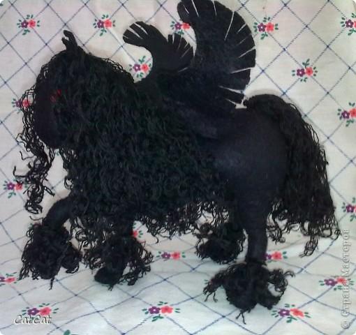 Конь дьявола фото 1