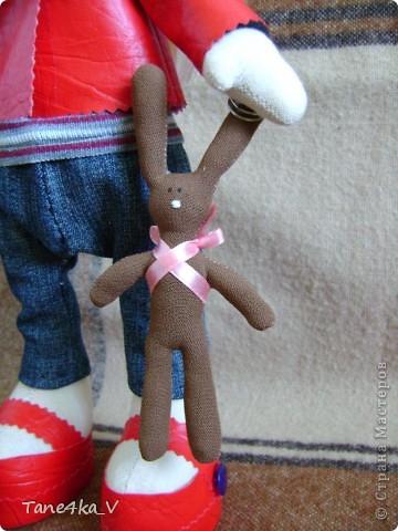 Вот такая миленькая девочка Миланочка! с шоколадным зайкой :)  фото 4
