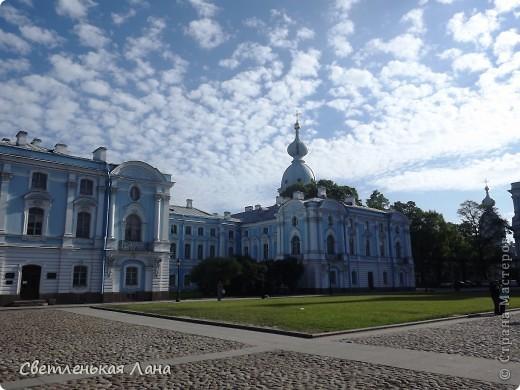 Здравствуйте, рада приветствовать у себя на страничке всех своих гостей! Хочу поделится с вами своей радостью. Я очень мечтала побывать в Санкт-Петербурге и вот в конце мая 2012 года моя мечта сбылась! Мой тур был автобусный, и вот мы выезжаем из Киева. В добрый путь! фото 2