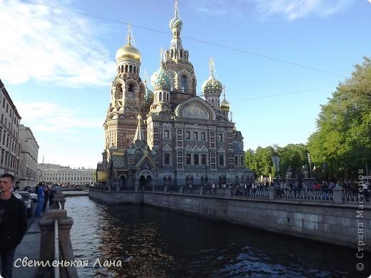 Здравствуйте, рада приветствовать у себя на страничке всех своих гостей! Хочу поделится с вами своей радостью. Я очень мечтала побывать в Санкт-Петербурге и вот в конце мая 2012 года моя мечта сбылась! Мой тур был автобусный, и вот мы выезжаем из Киева. В добрый путь! фото 6
