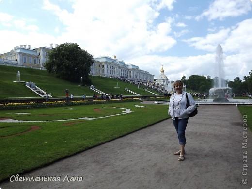 Здравствуйте, рада приветствовать у себя на страничке всех своих гостей! Хочу поделится с вами своей радостью. Я очень мечтала побывать в Санкт-Петербурге и вот в конце мая 2012 года моя мечта сбылась! Мой тур был автобусный, и вот мы выезжаем из Киева. В добрый путь! фото 12