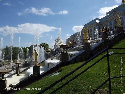 Здравствуйте, рада приветствовать у себя на страничке всех своих гостей! Хочу поделится с вами своей радостью. Я очень мечтала побывать в Санкт-Петербурге и вот в конце мая 2012 года моя мечта сбылась! Мой тур был автобусный, и вот мы выезжаем из Киева. В добрый путь! фото 18