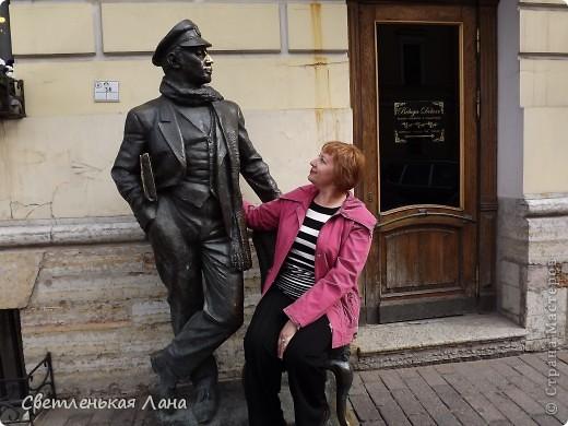 Здравствуйте, рада приветствовать у себя на страничке всех своих гостей! Хочу поделится с вами своей радостью. Я очень мечтала побывать в Санкт-Петербурге и вот в конце мая 2012 года моя мечта сбылась! Мой тур был автобусный, и вот мы выезжаем из Киева. В добрый путь! фото 28