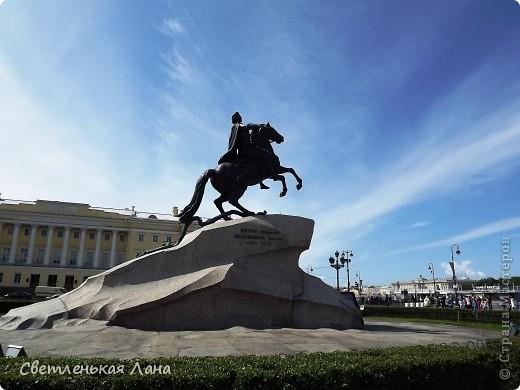 Здравствуйте, рада приветствовать у себя на страничке всех своих гостей! Хочу поделится с вами своей радостью. Я очень мечтала побывать в Санкт-Петербурге и вот в конце мая 2012 года моя мечта сбылась! Мой тур был автобусный, и вот мы выезжаем из Киева. В добрый путь! фото 7