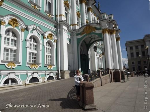 Здравствуйте, рада приветствовать у себя на страничке всех своих гостей! Хочу поделится с вами своей радостью. Я очень мечтала побывать в Санкт-Петербурге и вот в конце мая 2012 года моя мечта сбылась! Мой тур был автобусный, и вот мы выезжаем из Киева. В добрый путь! фото 22