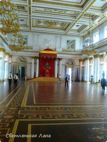 Здравствуйте, рада приветствовать у себя на страничке всех своих гостей! Хочу поделится с вами своей радостью. Я очень мечтала побывать в Санкт-Петербурге и вот в конце мая 2012 года моя мечта сбылась! Мой тур был автобусный, и вот мы выезжаем из Киева. В добрый путь! фото 24