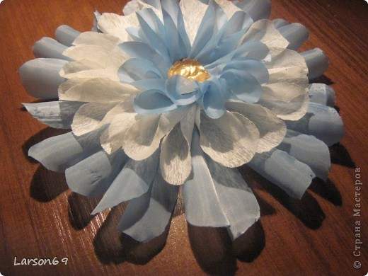 Цветок для декорирования занавески фото 1