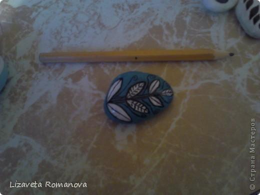 Первый опыт росписи камней фото 8